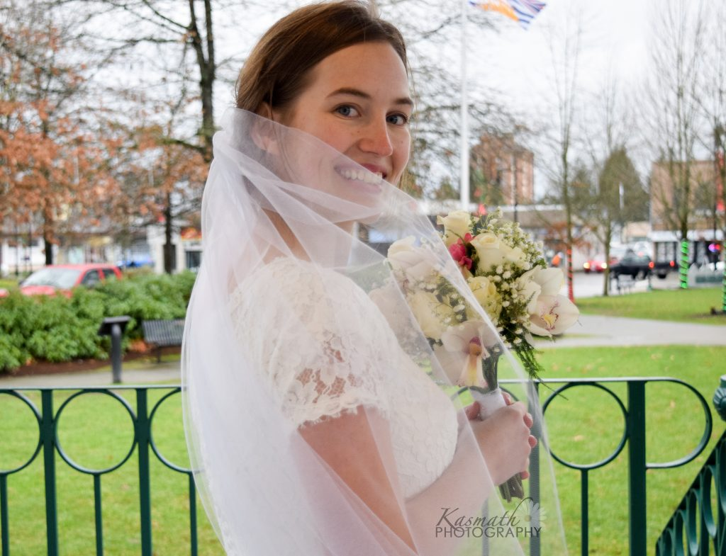 Kelsey with veil